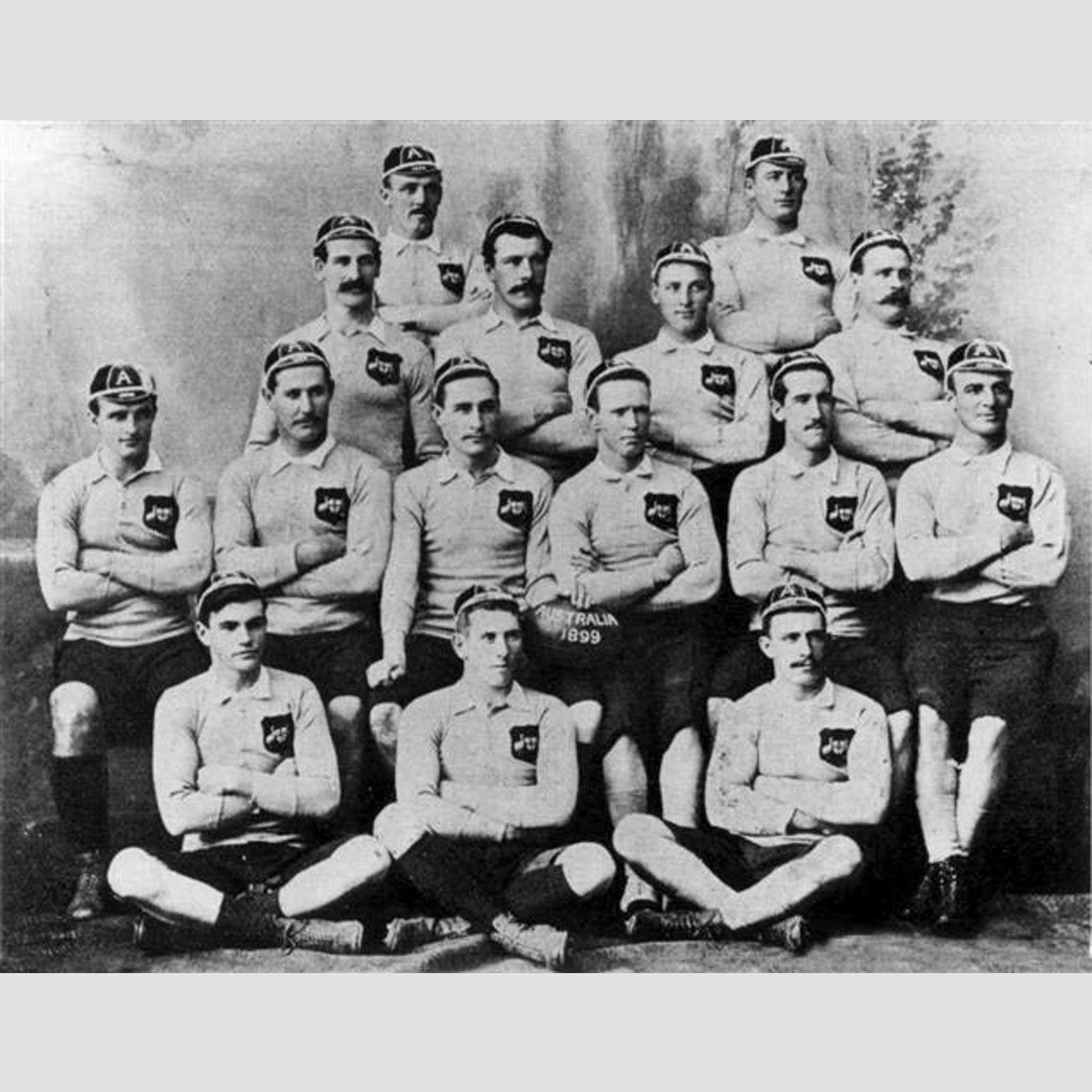 Australia 1899 Crest_Team_Photo